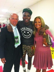 Dr. Joseph Osipow and his wife flank Peter Quillin, AKA Kid Chocolate.