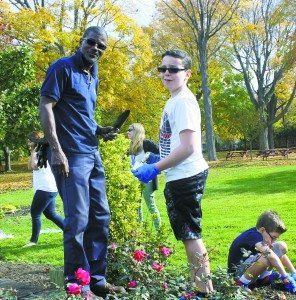 Steppingstone Park Supervisor Curtis Phillips oversaw the students' planting events.