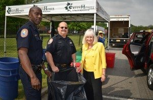 Supervisor Bosworth and members of the Nassau County Police Department collected unused pharmaceuticals at a recent STOP event.