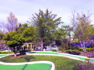 The mini golf course at Alley Pond Golf Center