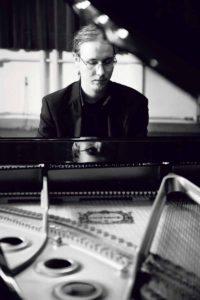 Tuomo Uusitalo, the new advanced piano instructor