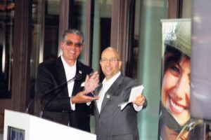 FIDF New York Real Estate Division Chairman Shimon Shkury (right), founder and president of Ariel Property Advisors, honored Matthew E. Kasindorf, Esq., chair of the real estate department at Meister Seelig & Fein LLP.